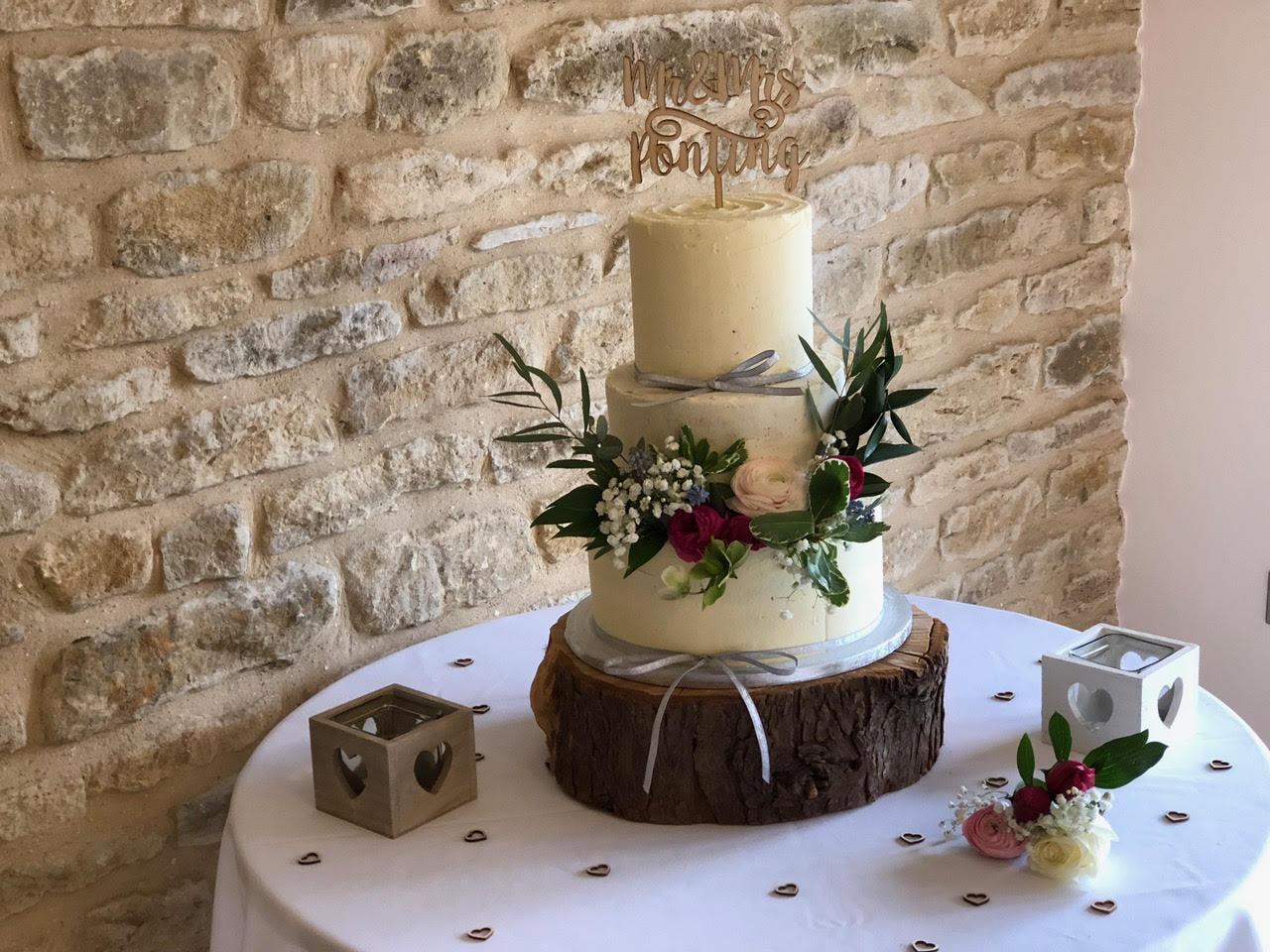 Ponting Wedding Cake